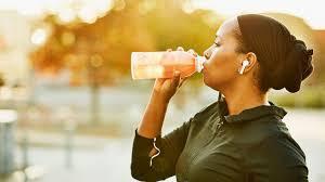 چرا ورزشکاران نباید نوشیدنی سرد بنوشند-آسمان فیتنس