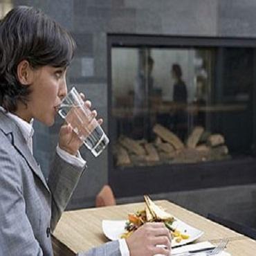 نوشیدن آب در طب سنتی